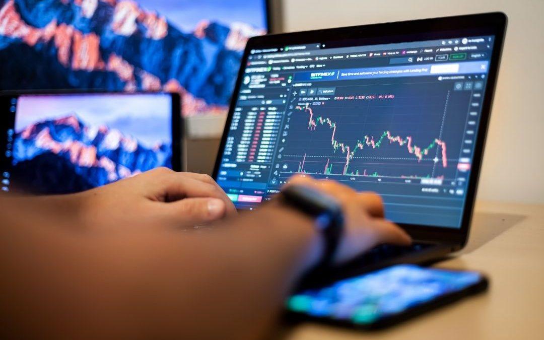 Czym jest i jak wygląda metoda inwestycyjna Forex scalping?